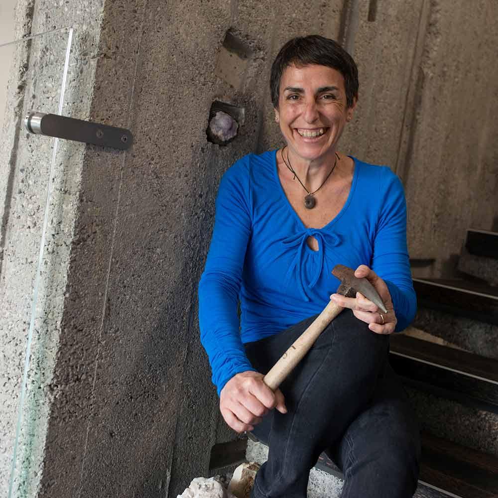 Lucia Capretta - Responsabile produzione